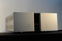 Reference Integrated Amplifier (RI-100)